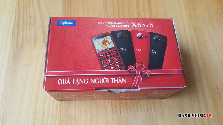 Mở hộp điện thoại dành cho người già Xphone X6516 của Viettel