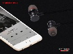 P2 SLS 200 Bluetooth Headsets1