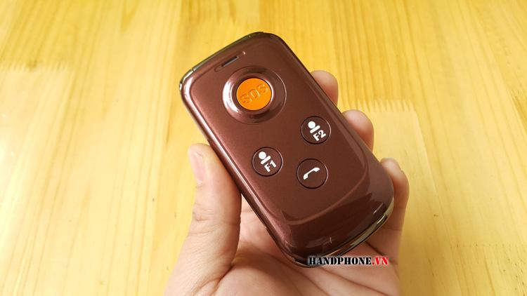Mở hộp điện thoại dành cho người già Masstel Fami3